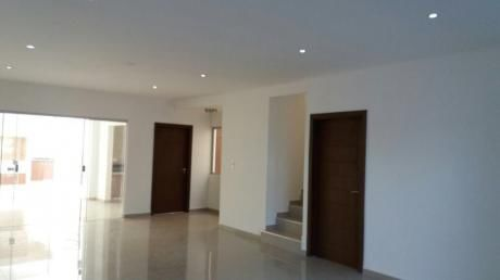 Hermosa Casa A Estrenar En Zona Norte, El Remanso 1 $us 139.000