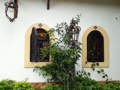 Vendo Hermosa Casa Barrio Mburicao