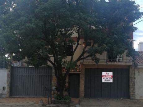 Tierra Inmobiliaria Alquila-departamento De 3 Dormitorios En El Barrio Herrera