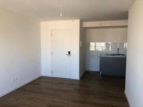 Apartamento 1 Dormitorio A Estrenar Construido En 2017