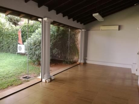 Alquilo Residencia Para Oficinas, Zona Super Real Villa Morra