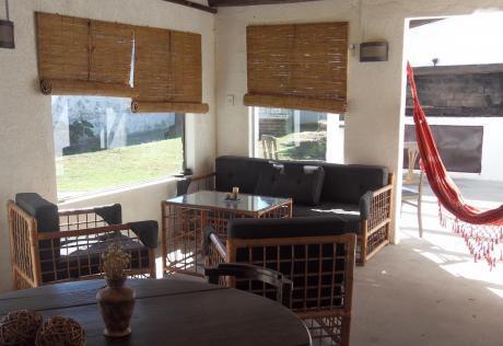 Casa Con Buen Terreno Y 3 D En Shangrila