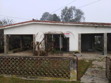 Casa De 2 Dormitorios En Atlantida, Barrio Español