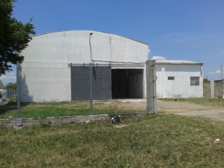 Vendo V-063 Depósito - Villa Hayes