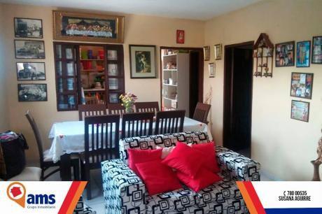 Hermosa Casa Con 3 Departamentos En Venta
