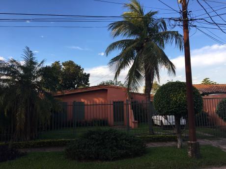 Vendo Casa En Barrio Grupo Habitacional Aeropuerto