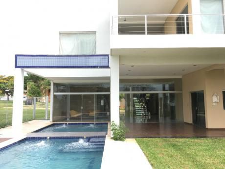 Vendo V-093 Hermosa Residencia - Rakiura