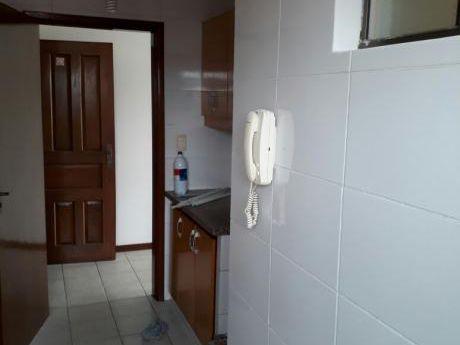 Inmobiliaria Ofrece: En Anticrético Departamento En Condominio Av. Radial 27