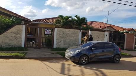 Casa En Alquiler Incluye Agua Y Luz 3 Dormitorios