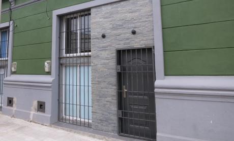 Casa Duplex, A Dos Cuadras De Br.artigas!