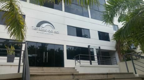 Departamento Amoblado Zona Yacht Golf Club