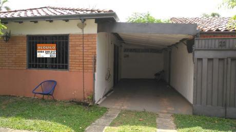 Alquilo Modesta Casa En B. Mburucuya