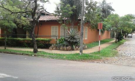 Vendo Casa C/ Deposito Al Costado Del Pyo.japones