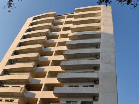 Torres Soho, Amplio Departamento De 3 Dormitorios. Zona Norte