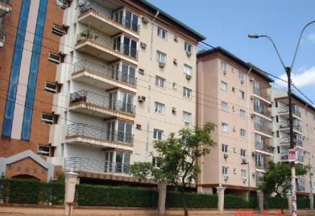 Departamento En El Primer Piso, Edificio Quartier Las Marías