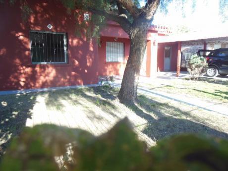 Recomendable Residencia Con Jacuzzi Y Sauna. Permuta.