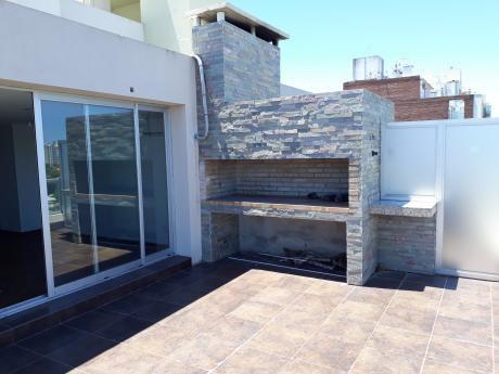 Hermoso Apartamento Ph De 1 Dormitorio Con Amplia Terraza Y Parrillero