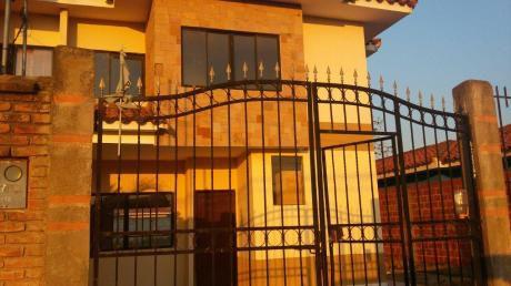 Casa  En Alquiler  Zona Sur
