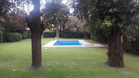 Se Vende Casa En Carrasco Sur 3 Dormitorios Y Piscina
