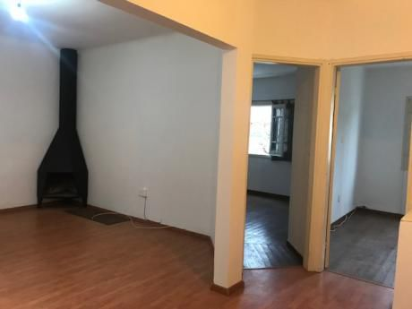 Apartamento 2 Dormitorios Reciclado A Nuevo