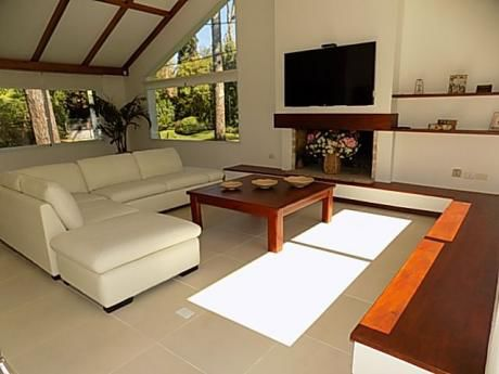 Impecable Casa En Paradas - 4 Y Dep.