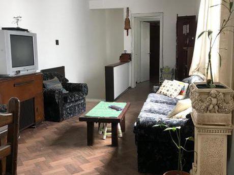 Vendo Casa De 3 Dormitorios Al Frente En Buceo!