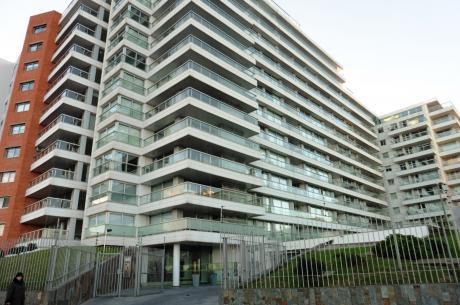 Venta De Apartamentos De 2 Dormitorios En Rambla De Mailvin