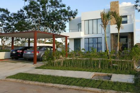 Casa A Estrenar De Dos Plantas En El Urubo