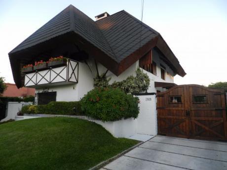 Venta Casa Chalet Impecable Prox Mar Parque Miramar
