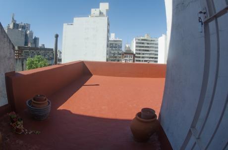 Oficina 60 M2 + 30m2 De Terraza. Piso Alto. Excelente Luz