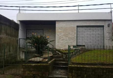 Casa 3 Dorm, Cochera, Parrillero, Azotea. Sin Gc $ 27000