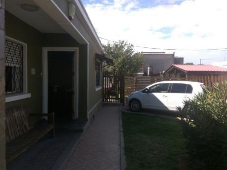 Solida Casa En Excelente Ubicación -  Malvin
