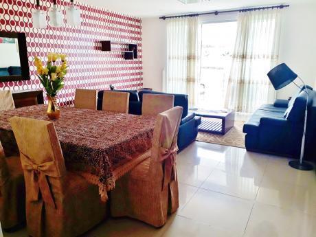 Precioso Departamento De 3 Dormitorios Amoblado, Zona Del 2do Anillo Y Av Pirai