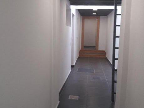 Amplio Apartamento En Alarcon Y Rivera