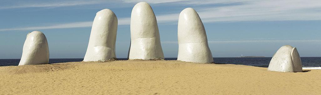 Playa Brava - Los Dedos