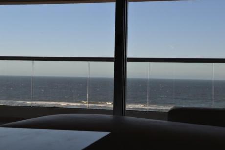 Icon Brava, 2 Dormitorios, 2 Baños, Imponente Vista A La Brava, Disponible Verano 2018