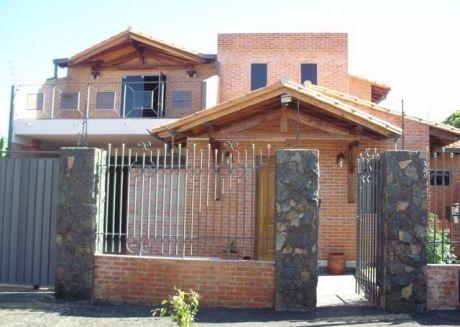 Hermosa Residencia Nueva, En Mariano Roque Alonso, A Dos Cuadras De La Rotonda Limpio/remanso!!!