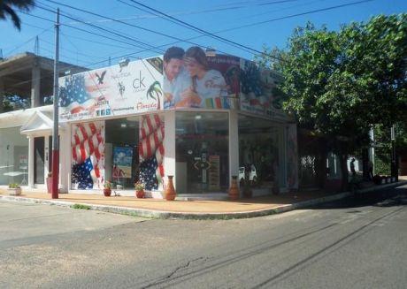 Alquilo Elegante Salon En Esquina Zona Shopping Mcal Lopez