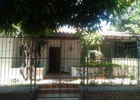 Casa Con Amplio Patio En El Bo. San Pablo!!!