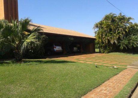 Residencia En El Paraná Country Club