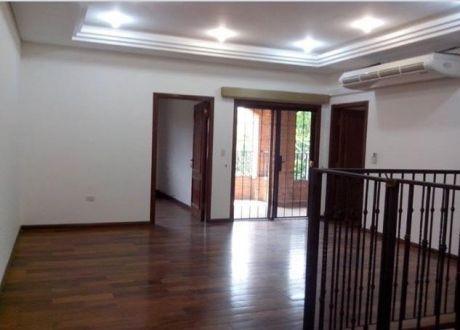 Alquilo Casa En Zona Cpj