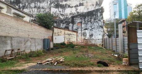 Oferta Vendo Terreno De 300m2 En El Centro En Esquina!!!