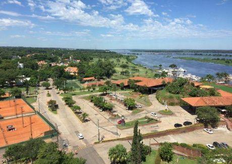 Departamento En Edificio Excelence Yacht Y Golf Club Piso 16 Increíble Vista Al Rio!!