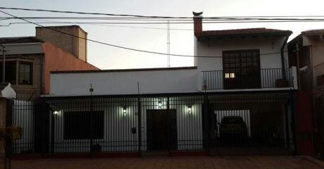 Amplia Casa De Una Planta, En Bo. Los Mangales!!!