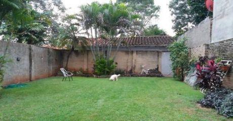 Acogedora Casa De 1 Planta A Media Cuadra De Lillo Y 4 De San Martin...barrio Herrera