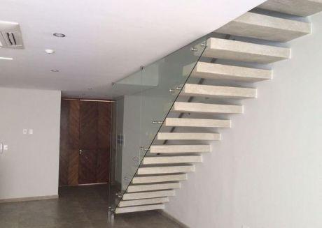Casa Moderna De Primer Nivel Completamente Inteligente (3 Dorm) En Barrio Mburucuya (400.000 Usd)