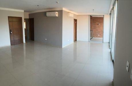 Lujoso Departamento Inteligente De Tres Dormitorios En Barrio Mburucuya