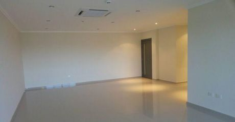 Departamento Premium De Tres Dormitorios En Suite En Barrio Mburucuya 2.700 Usd