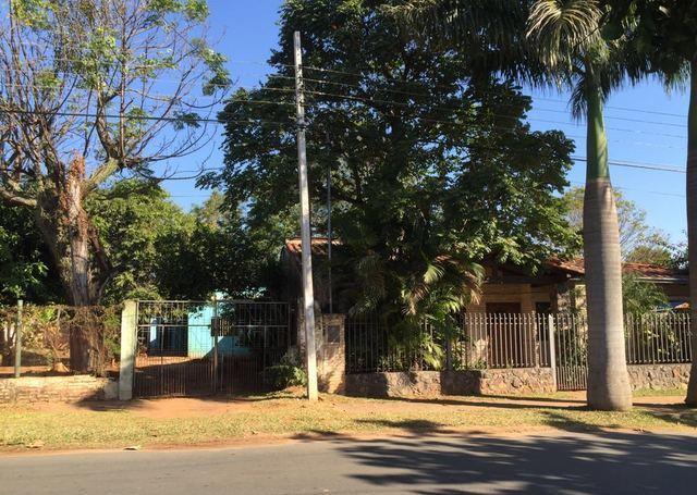 Cuarto Barrio De Luque, Zona Escuela Adrián Jara
