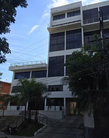 Edificio Macondo, Zona Yatch Y Golf Club Paraguayo !!!